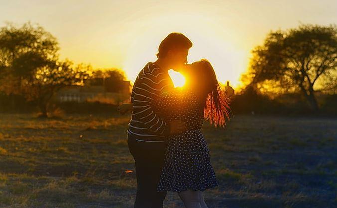 性格强势脾气很差的妻子,是导致老公出轨的原因吗