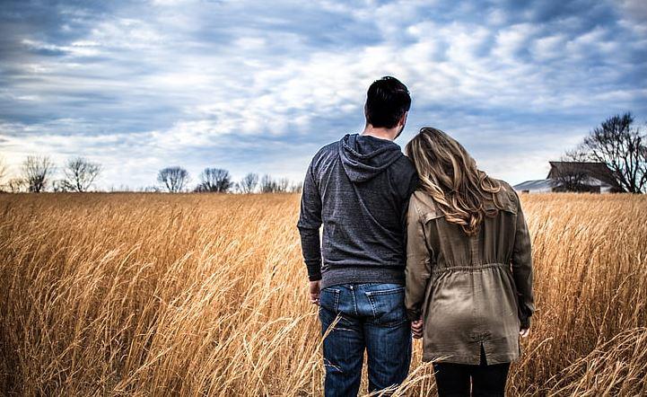 变心的老公还能挽回吗,男人变心时有什么表现
