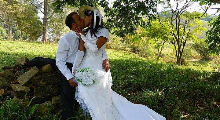 不想离婚,还爱老公,怎么样可以挽回老公的爱?