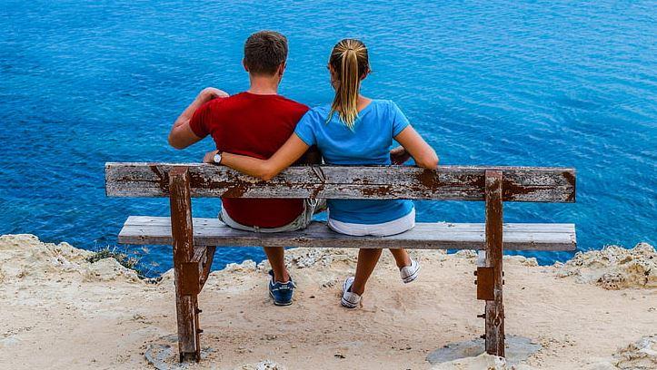 离婚后挽回老公,应该如何挽回?