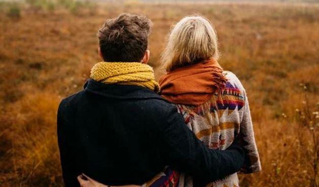 情侣感情破裂如何才能快速挽回?
