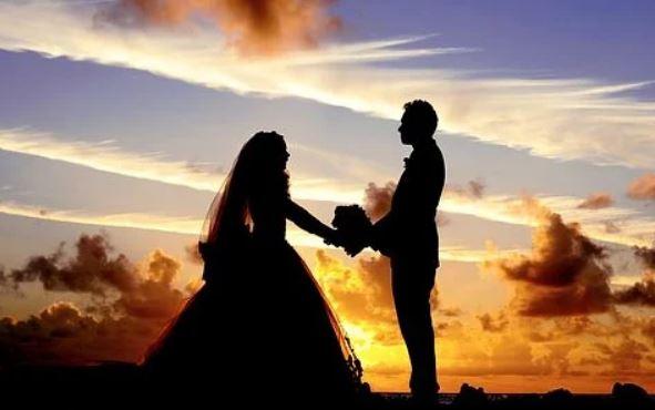 老公出轨起诉离婚,老公出轨后还起诉离婚,我还爱他怎么办